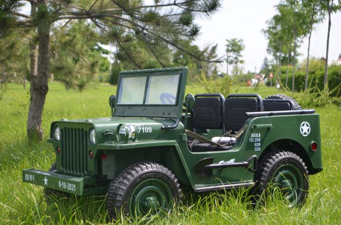 Masinuta electrica Jeep USA ARMY 4X4 180W PREMIUM #Verde [4]