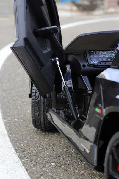 Masinuta electrica Lamborghini Aventador SVJ 2x35W 12V PREMIUM #Negru 7