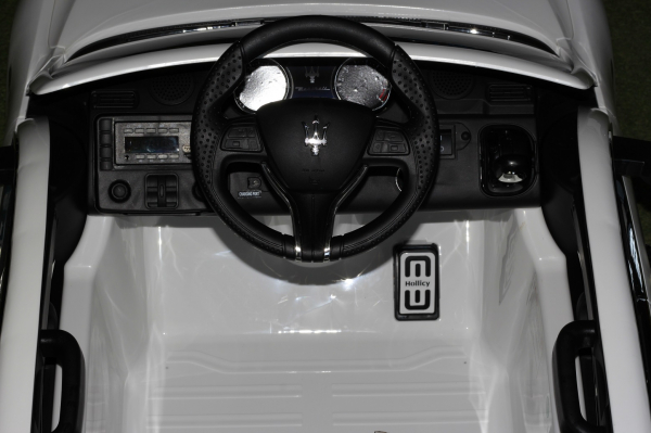 Masinuta electrica Maserati Levante 2x35W PREMIUM #Alb 8