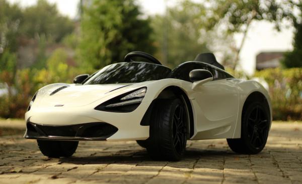 Masinuta electrica McLaren 720S 90W 12V PREMIUM #Alb 3