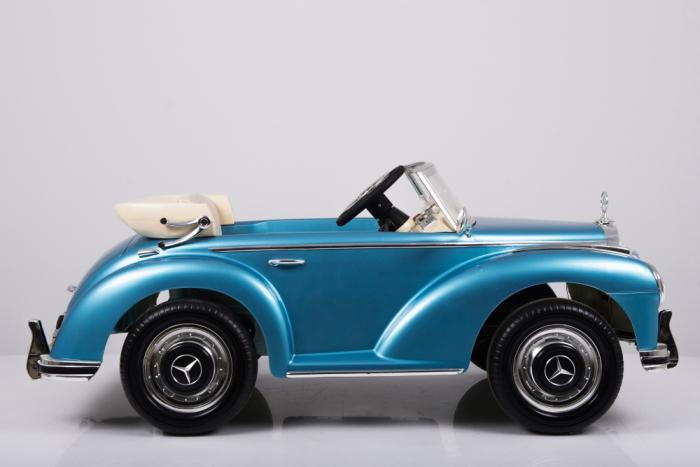 Masinuta electrica albastra pentru copii Mercedes 300S [14]