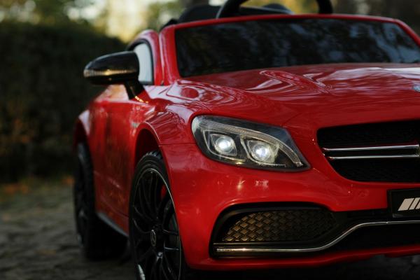 Masinuta electrica Mercedes C63 12V PREMIUM #Rosu 7
