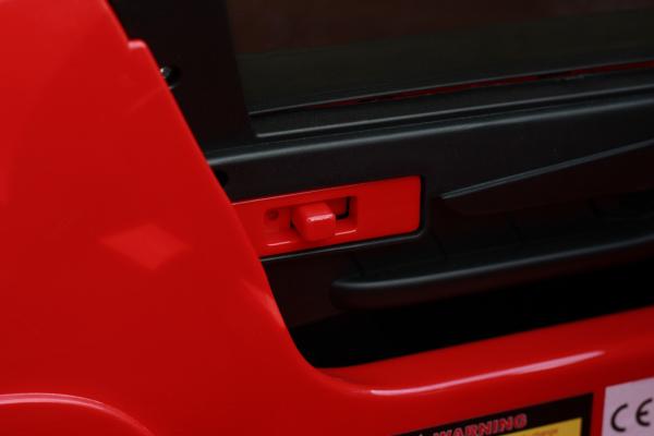 Masinuta electrica Mercedes C63 12V PREMIUM #Rosu 13