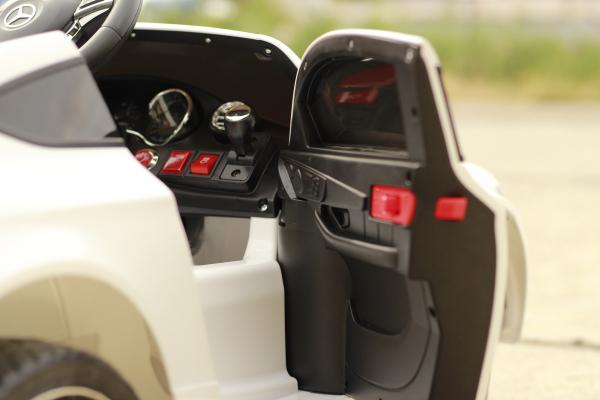 Masinuta electrica Mercedes C63 12V STANDARD #Alb 5