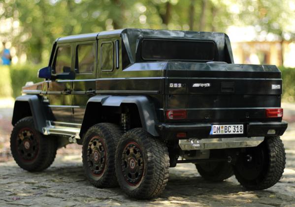 Masinuta electrica Mercedes G63 6x6 Premium cu 4 motoare #Negru 11