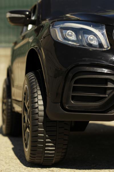Masinuta electrica Mercedes GLC63s AMG 4x4 STANDARD #Negru 13