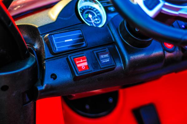 Masinuta electrica Mercedes GLS63 AMG 4x4 24V STANDARD #Rosu 7