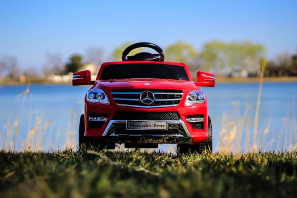 Masinuta electrica rosie Mercedes ML, copii 2-4 ani 3