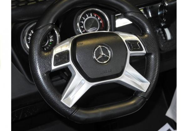 Masinuta electrica Mercedes UNIMOG 4x4 PREMIUM #Alb 9