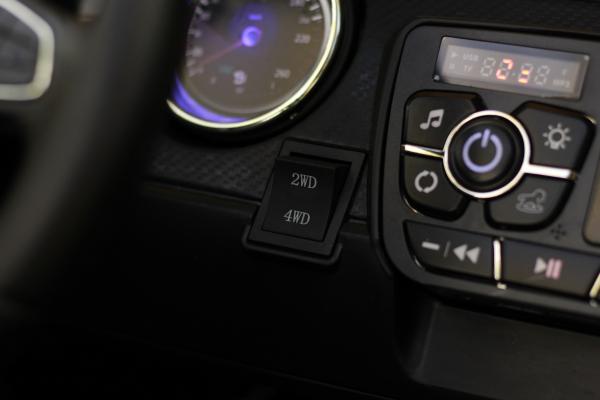 Masinuta electrica Mercedes pentru copii 2 - 6 ani [17]