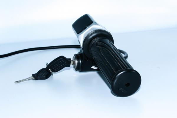 Accelerator + contact cu cheie HT386 pentru ATV electric 1