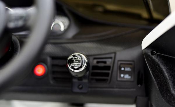 Masinuta electrica BMW X6M 2x35W 12V PREMIUM #Alb 8