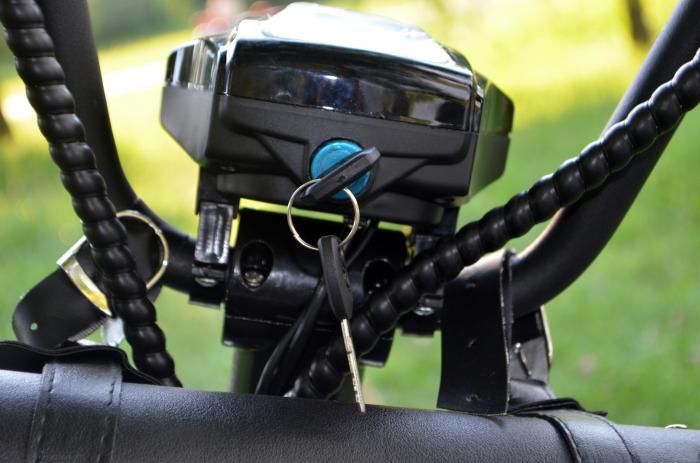 Scuter electric cu 3 roti Solley SMD-103 #Grafiti cu 2 locuri, putere 2000W, baterie 60V 20Ah [6]