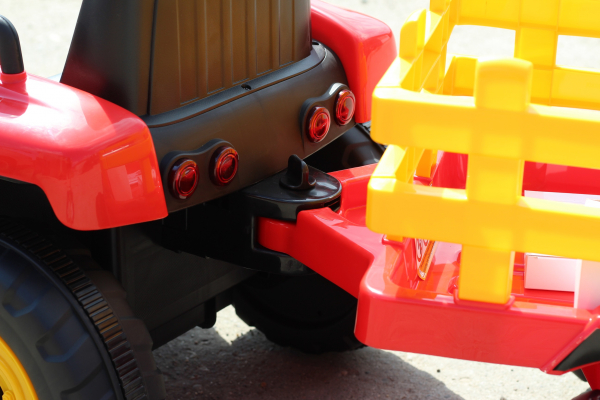 Tractoras electric BJ-611 cu remorca si telecomanda STANDARD #Rosu 4