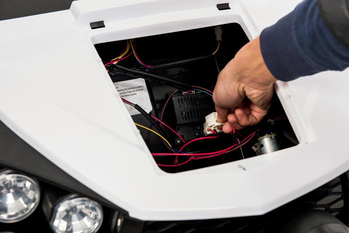 UTV electric pentru 2 copii Golf-Kart 210W 24V PREMIUM #Alb [3]