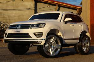 Masinuta electrica VW Touareg CU ROTI MOI 2x 35W 12V #ALB3