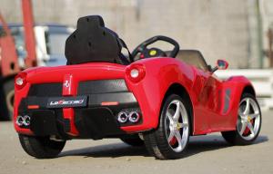 Masinuta electrica RASTAR LaFerrari 2x 25W 12V CU SCAUN TAPITAT #Rosu4