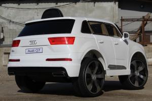 Masinuta electrica Audi Q7 2x35W 12V, Scaun tapitat #ALB6