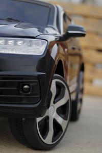 Masinuta electrica Audi Q7 2x35W 12V, Scaun tapitat #Negru5