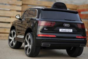 Masinuta electrica Audi Q7 2x35W 12V, Scaun tapitat #Negru7