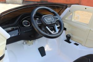 Masinuta electrica Audi Q7 2x35W 12V, Scaun tapitat #ALB8