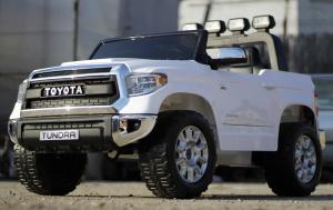 Masinuta electrica Toyota Tundra 2x45W PREMIUM #Alb3