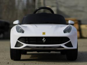 Masinuta electrica Ferrari F12 1x 25W STANDARD 12V #Alb3