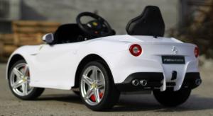 Masinuta electrica Ferrari F12 1x 25W STANDARD 12V #Alb4