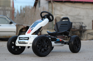 Kinderauto GO Kart cu pedale de la FORD #Alb4