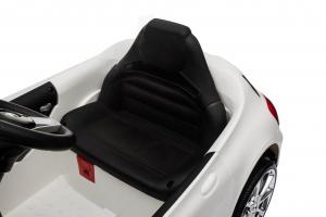 Masinuta electrica Mercedes GLA 45 2x30W STANDARD #Alb7