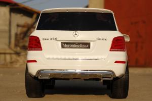 Masinuta electrica Mercedes GLK350 PREMIUM 2x35W 2X6V #Alb3