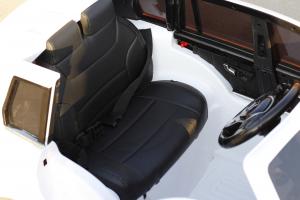 Masinuta electrica Mercedes GLK350 PREMIUM 2x35W 2X6V #Alb6