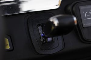 Kinderauto Mercedes UNIMOG STANDARD 2x45W 12V #Rosu7