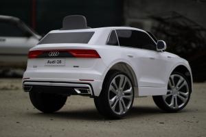 Masinuta electrica Audi Q8 STANDARD 12V #Alb11