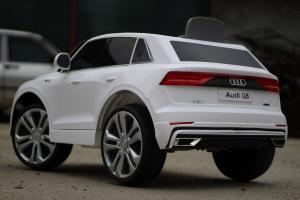 Masinuta electrica Audi Q8 STANDARD 12V #Alb12