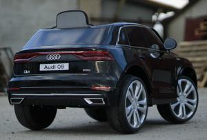 Masinuta electrica Audi Q8 STANDARD 12V #Negru4