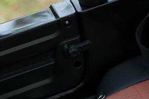 Masinuta electrica Jeep BRD-7588 90W 12V cu Scaun Tapitat #Negru9