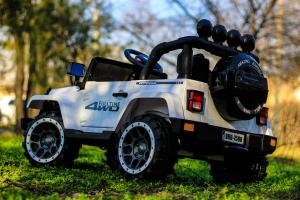 Masinuta electrica Jeep BRD-7588 90W 12V cu Scaun Tapitat #Alb8