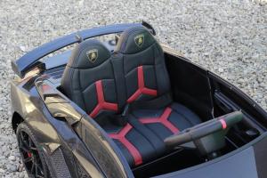 Masinuta electrica Lamborghini Aventador SVJ 2x35W 12V PREMIUM #Negru10