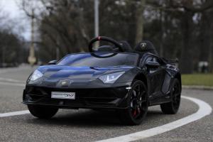 Masinuta electrica Lamborghini Aventador SVJ 2x35W 12V PREMIUM #Negru1