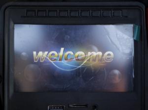 Masinuta electrica Land Rover Discovery DELUXE cu Touchscreen Mp4 #Negru2