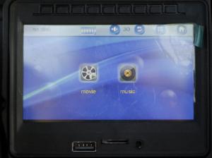 Masinuta electrica Land Rover Discovery DELUXE cu Touchscreen Mp4 #Negru3