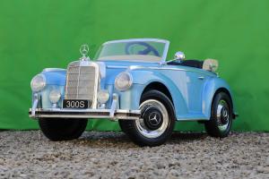 Masinuta electrica Mercedes 300S 70W 12V PREMIUM #Albastru2
