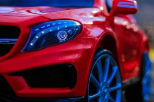 Masinuta electrica Mercedes GLA 45 2x30W STANDARD #Rosu11