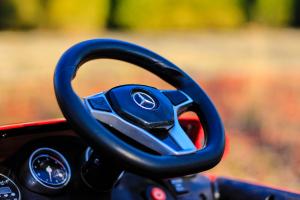 Masinuta electrica Mercedes GLA 45 2x30W STANDARD #Rosu10