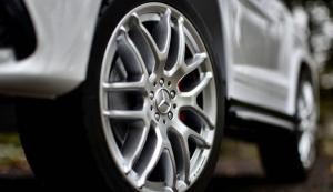 Masinuta electrica Mercedes GLS63 AMG 4x4 PREMIUM 24V #Alb5