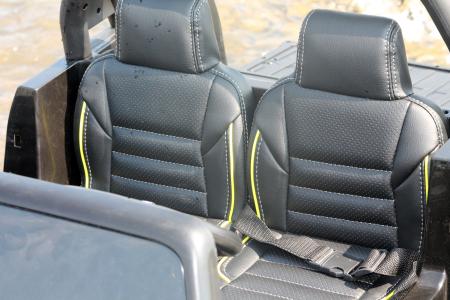 Masinuta electrica Toyota Hilux 4x4 180W 12V PREMIUM #Negru [4]