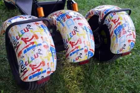 Scuter electric cu 3 roti Solley SMD-103 #Grafiti cu 2 locuri, putere 2000W, baterie 60V 20Ah [8]