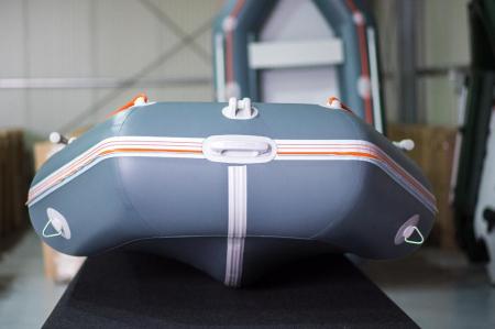 Barca KM-330D + podina rigidă tego, întarită cu profil de aluminiu [2]