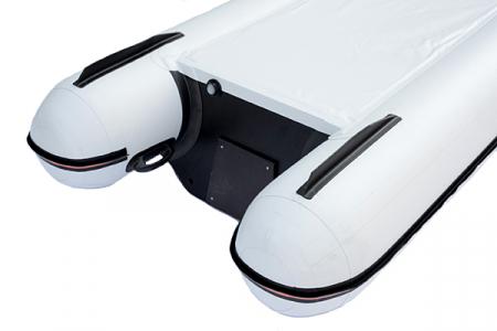 Canoe KM-460C + podină pliabilă semirigidă7
